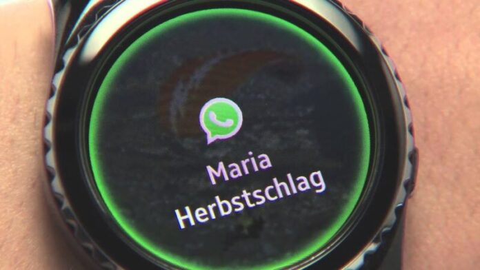 How to install WhatsApp on Samsung Galaxy Watch Active 2 and enable notifications