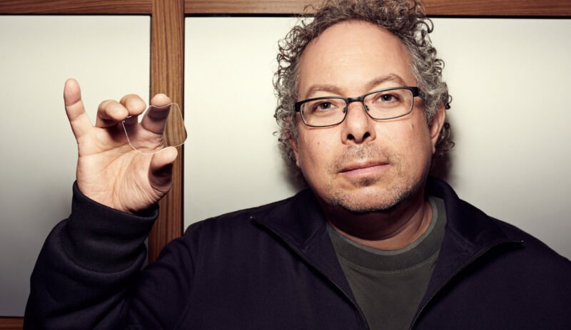 Magic Leap saves itself with 350 million dollar investment