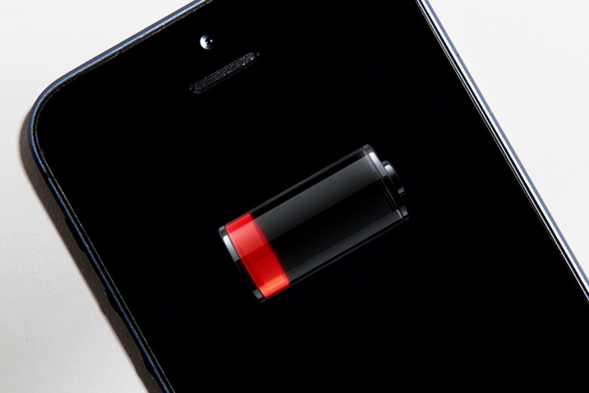 How to fix battery consumption issues on iPhone? [iOS 14]