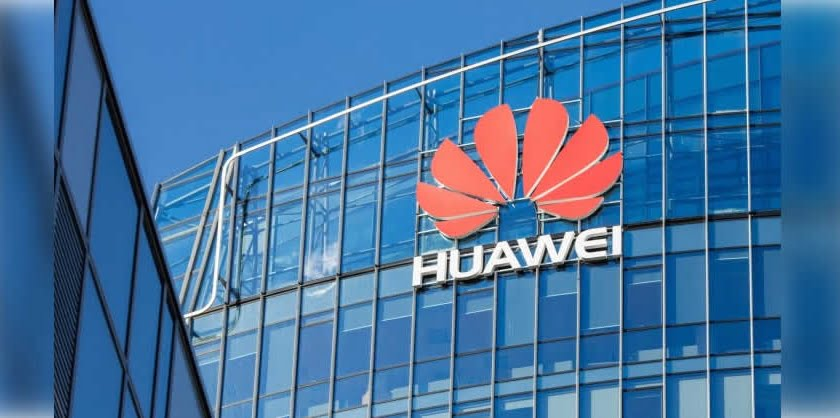 Huawei won't be able to provide its devices with LG or Samsung panels