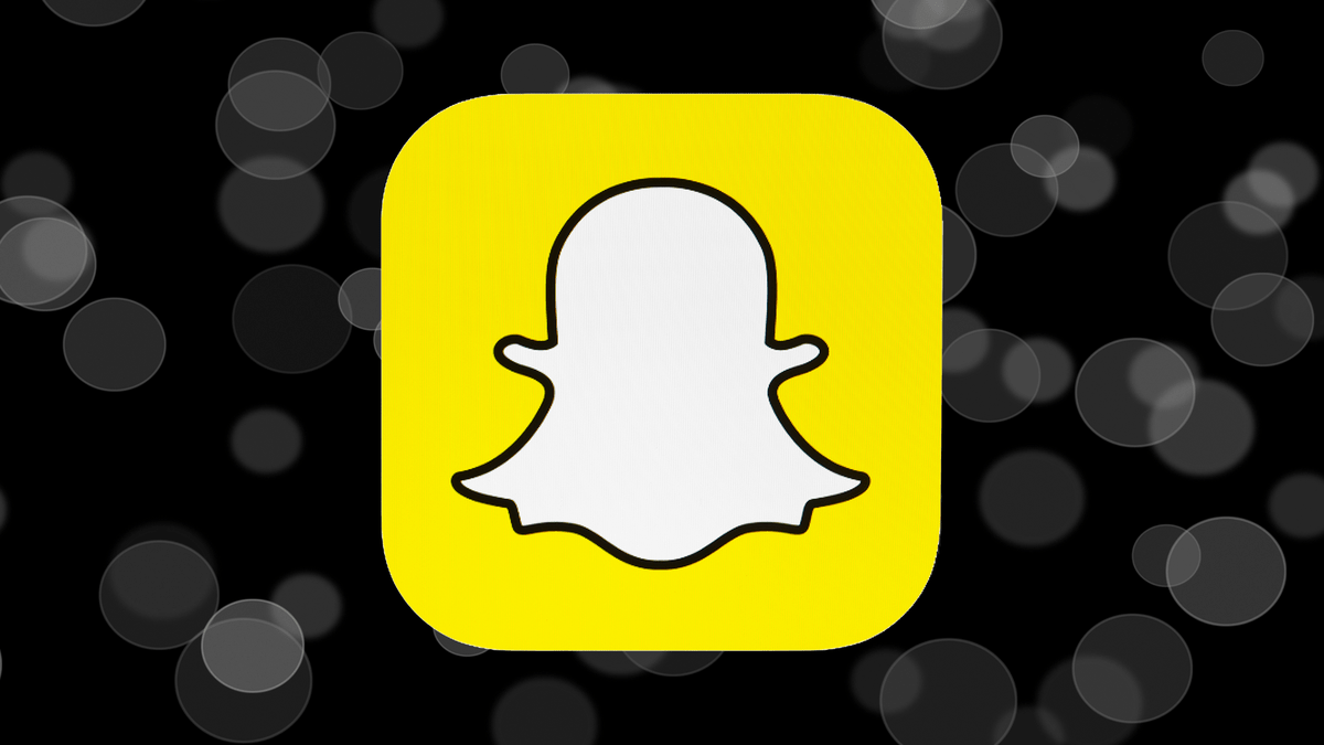 Snapchat already lets you share Twitter messages as stickers