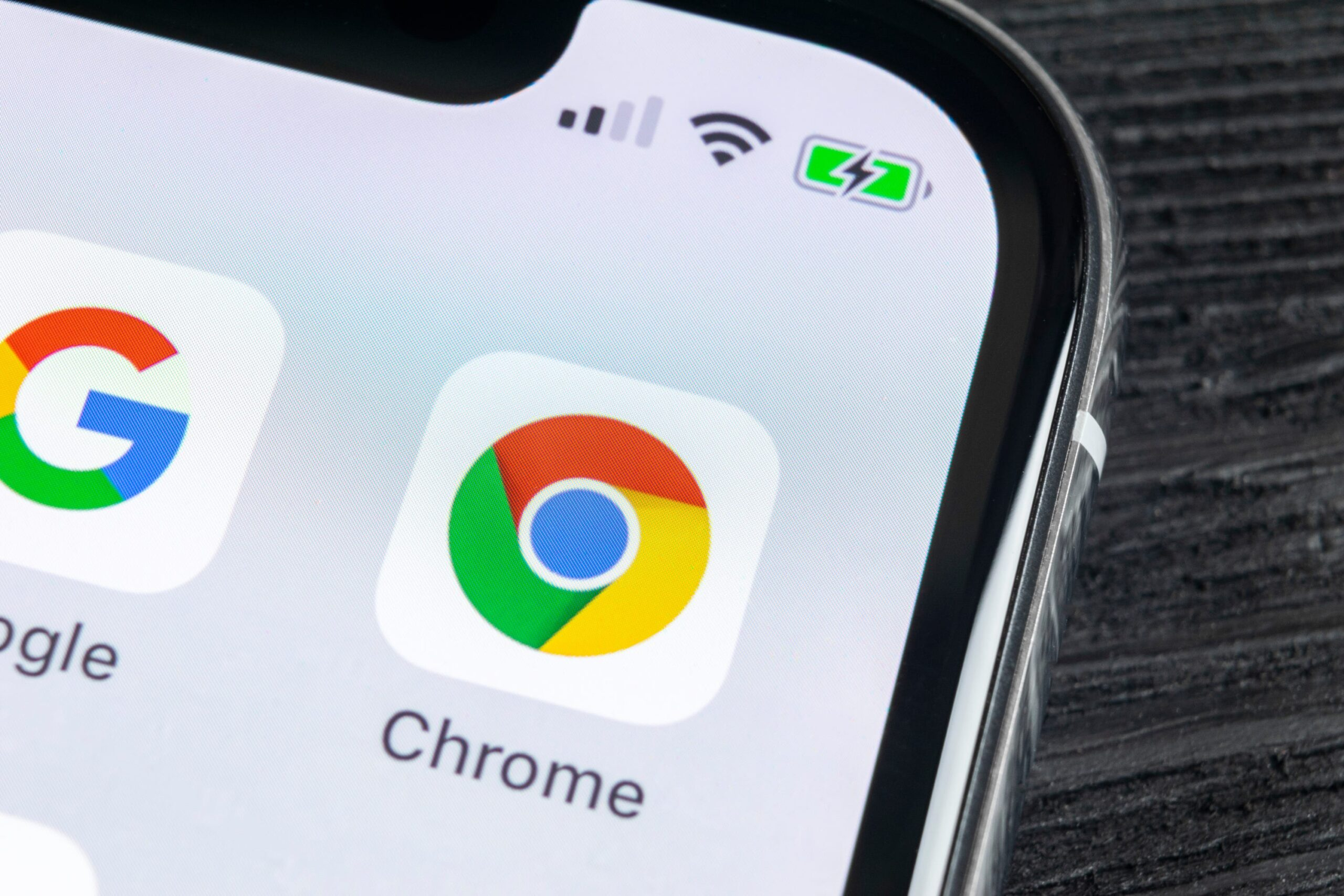 How to use Chrome as a file explorer on Android?