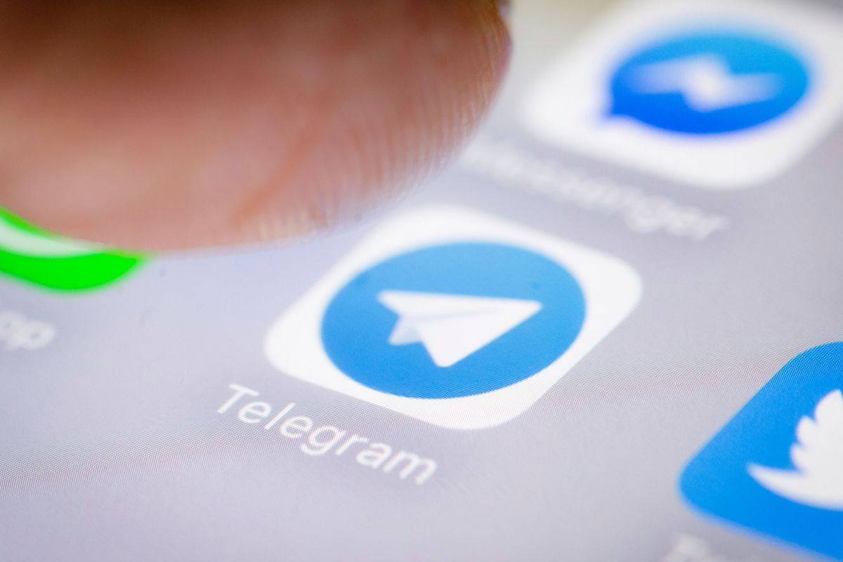 How to stop Telegram to show new user notifications