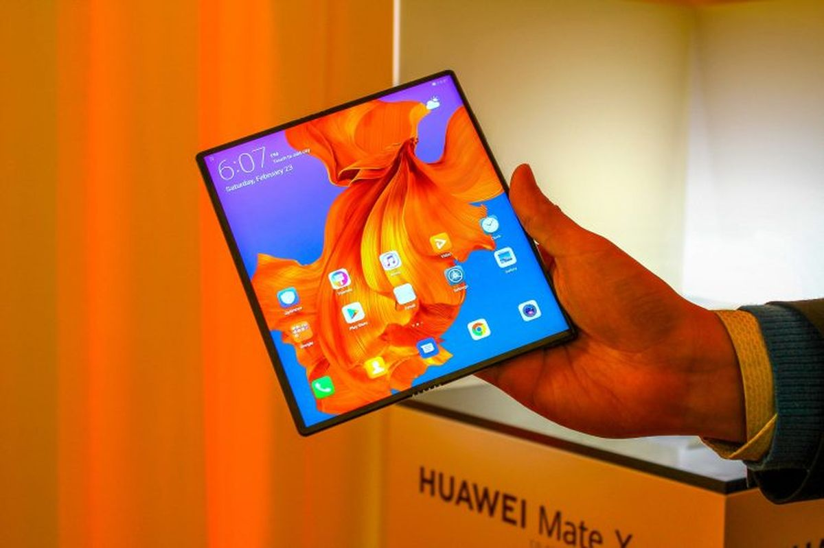 Specifications of the Huawei Mate X2 the companys next foldable smartphone have been leaked