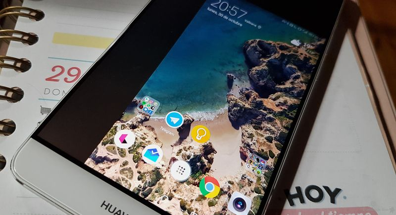 Android 12 could have a one-handed use mode