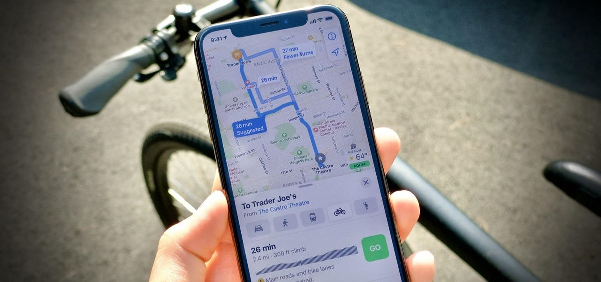Apple Maps now allows reporting of accidents, hazards, and speed traps