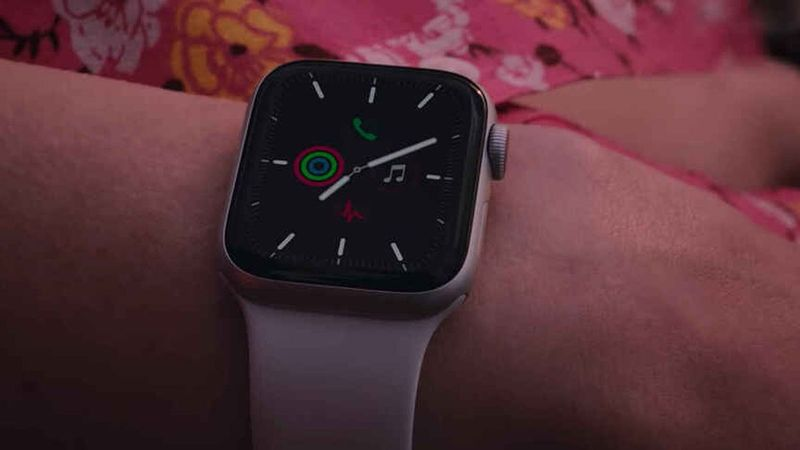 Apple will fix Apple Watch for free if it doesn't charge properly