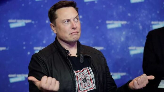 Elon Musk's arrival at Clubhouse triggers interest in exclusive social network