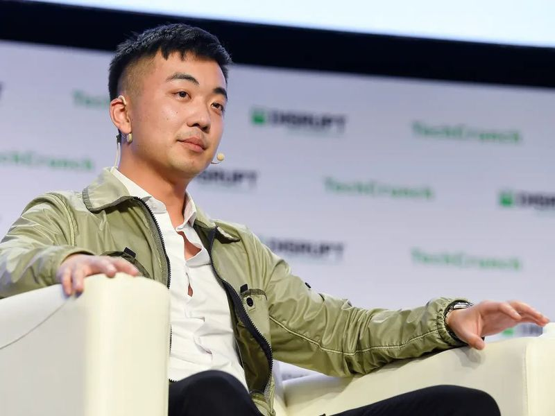 OnePlus co-founder buys Essential, the failed company of Android's father