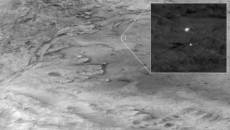 Perseverance sends its first photos from Mars: The Martian surface in color and high resolution