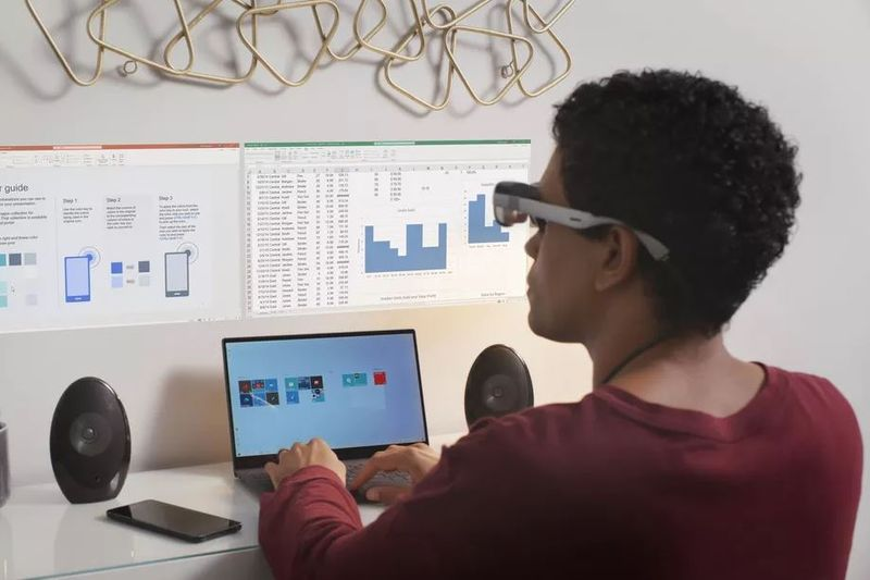 Qualcomm's new Augmented Reality glasses reference design