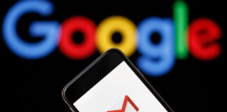 """Gmail's iOS app has been showing """"out of date"""" warning because of a bug"""