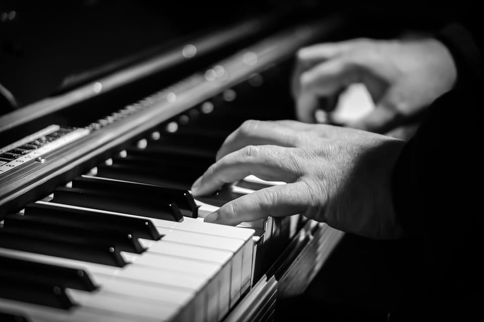 Audeo AI is able to reproduce realistic music simply by analyzing silent piano videos