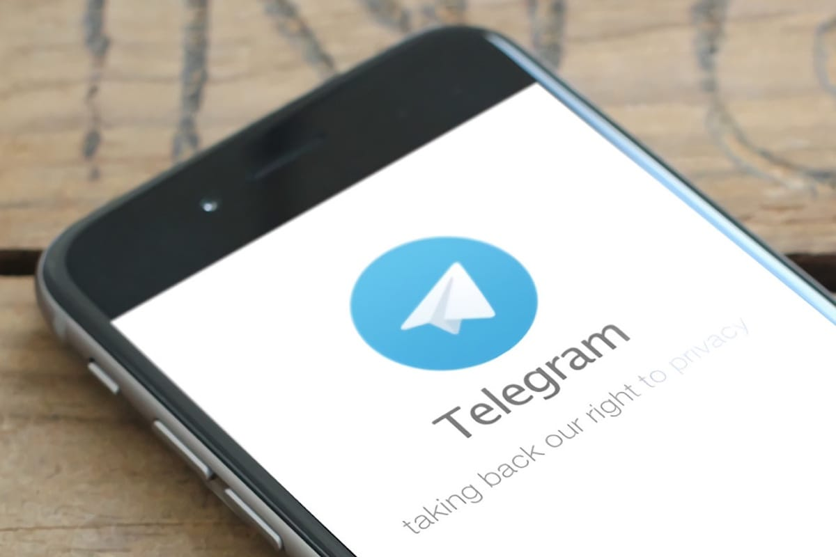 How to prevent strangers from texting you on Telegram?