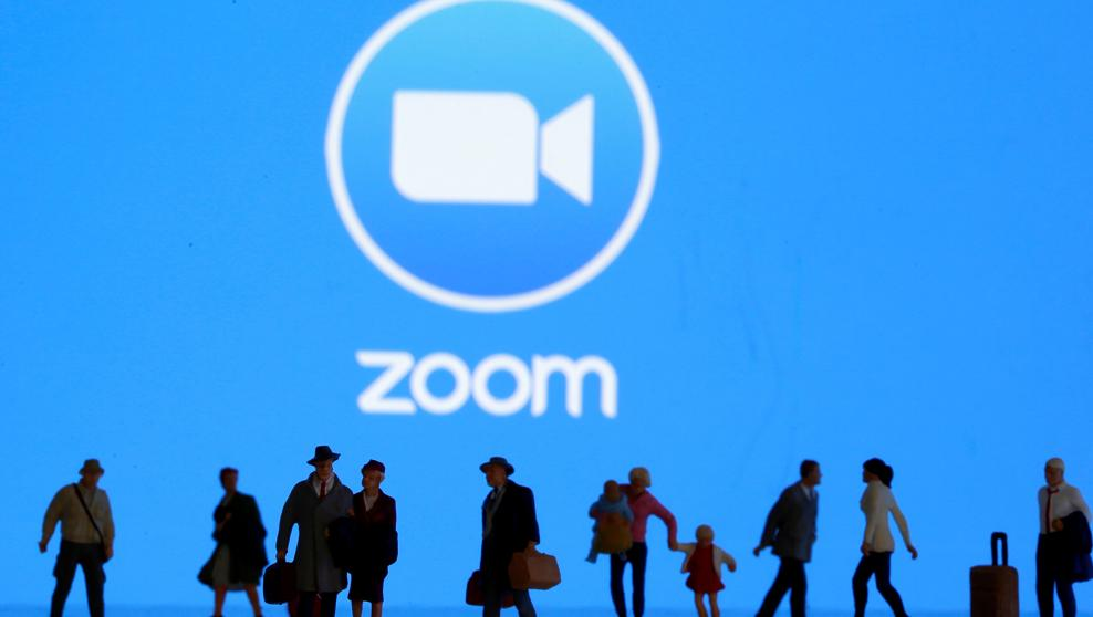 Zoom will offer live transcription for free accounts