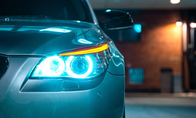 Apple Car will see three times farther in the dark thanks to infrared lights, according to the new patent