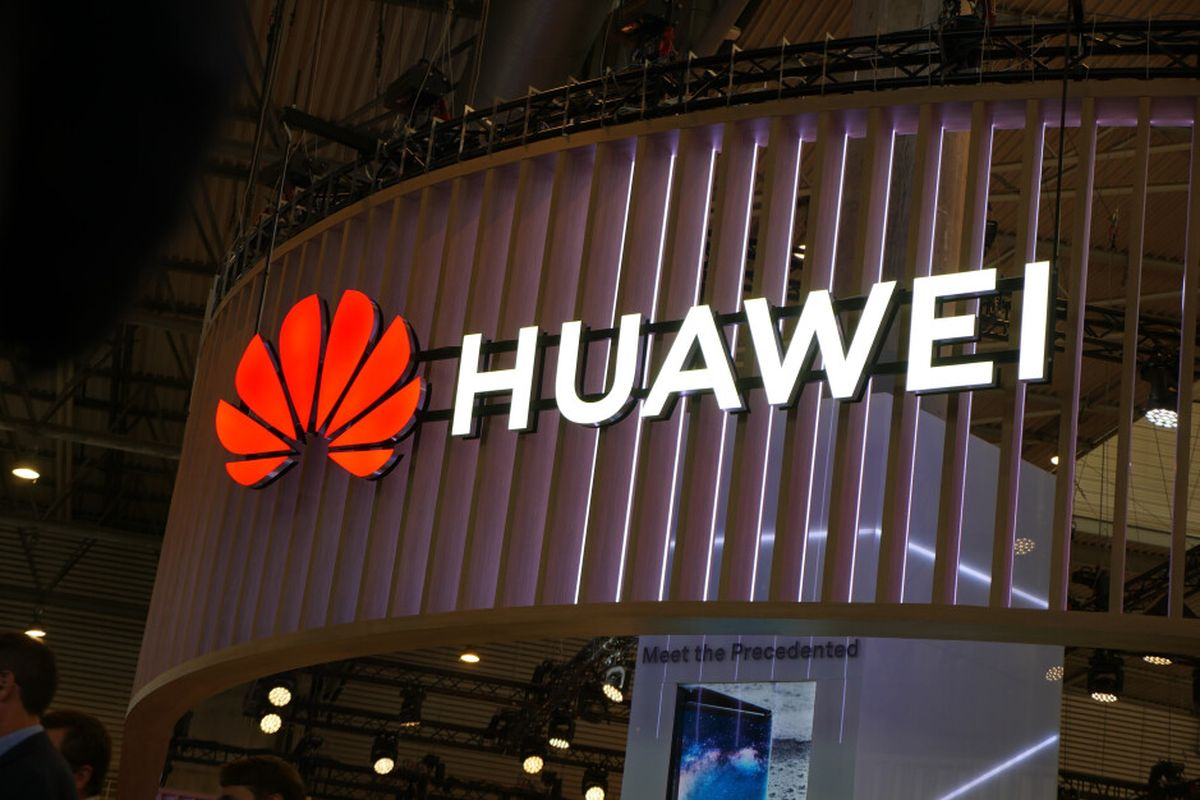 Huawei already talking to Apple and Samsung to charge for using its 5G patents