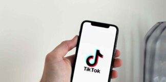 TikTok reportedly preparing for group chats