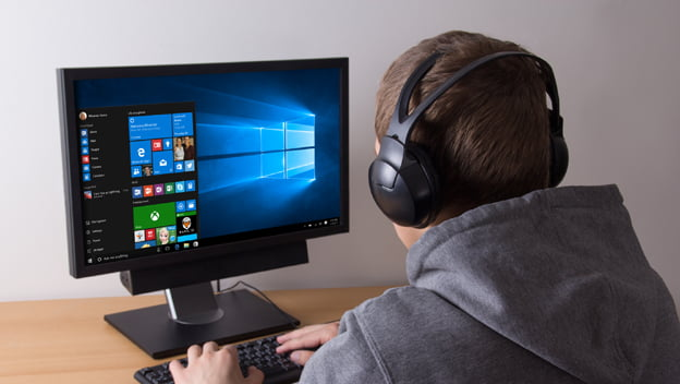 Microsoft fixes Windows 10 bug that caused stuttering in games
