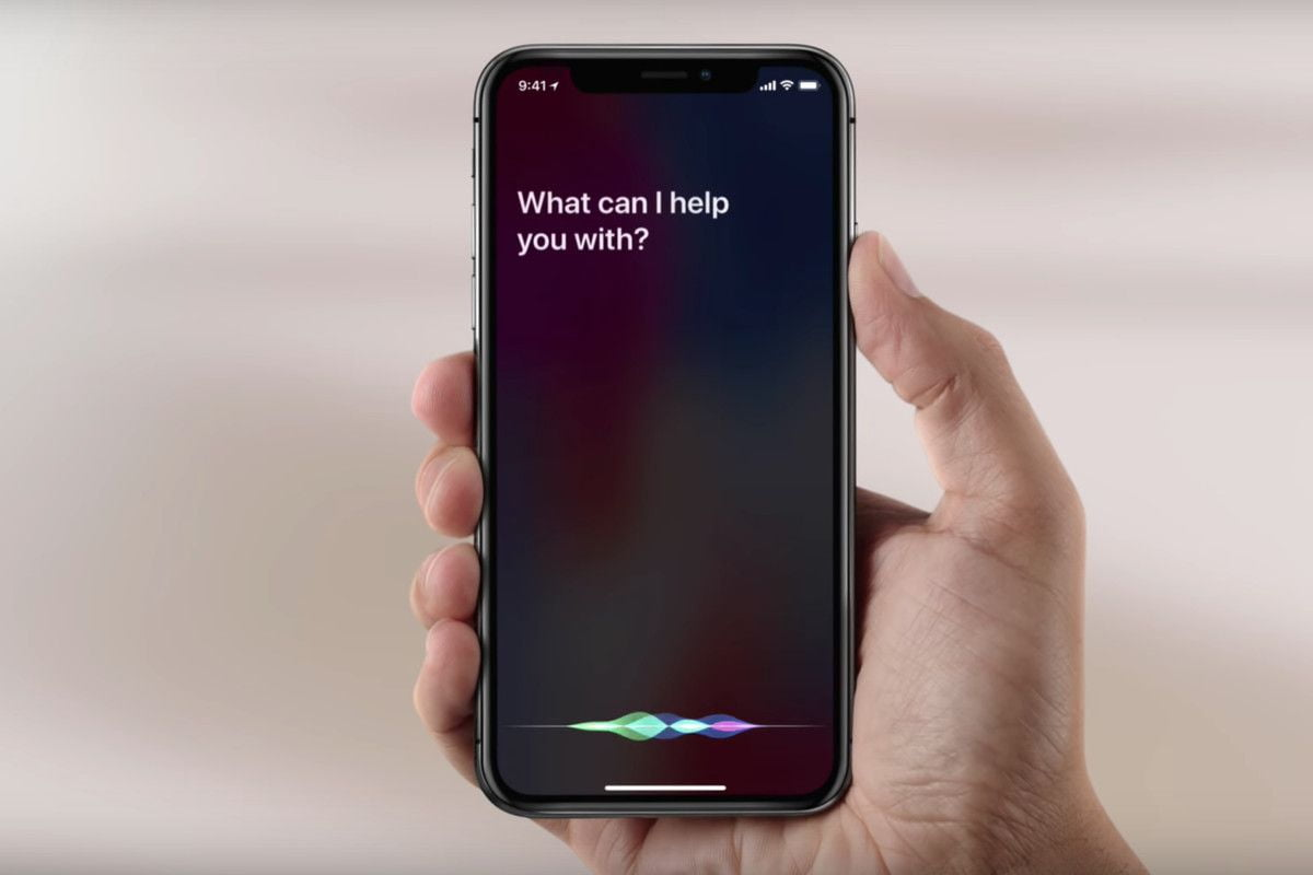 How to change the voice and language of Siri on your iPhone?