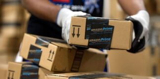 Leaked database uncovers scheme involving hundreds of thousands of people involved in fake Amazon reviews