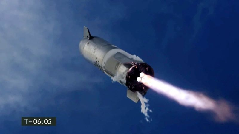 NASA suspends 2.9 billion contracts with SpaceX