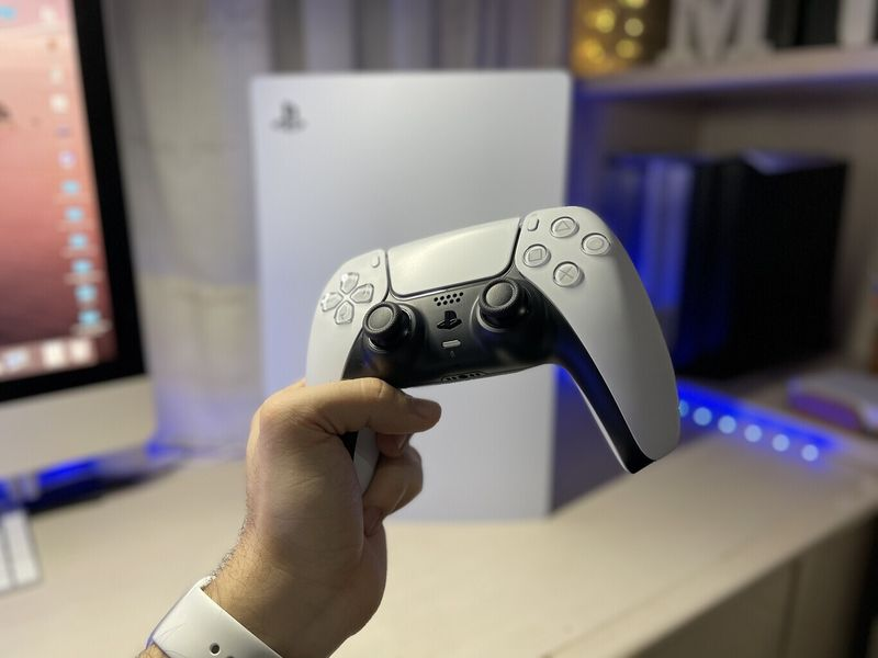 Remote Play is now compatible with DualSense on iOS: Remote play with PS5 controllers now possible