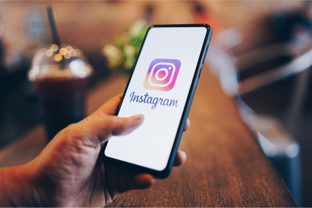 How to enable data saving on Instagram for Android?