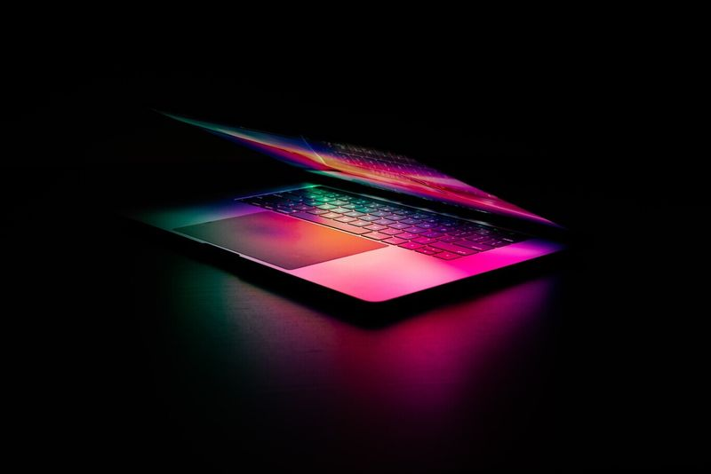 Apple to announce new redesigned MacBook Pro at WWDC, analyst says