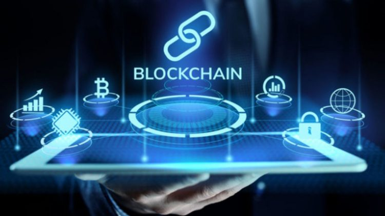 Public vs private blockchain: What is the difference?