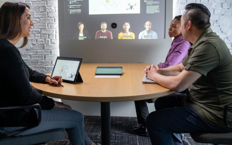 Microsoft Teams adds features to facilitate a hybrid work model