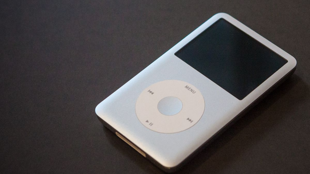You can listen to Spotify using the old iPod Classic interface: How to do it?