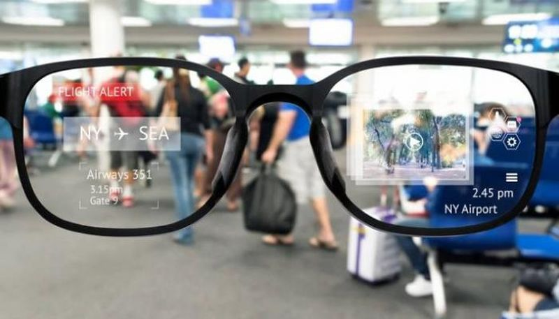 Facebook works on smart glasses in collaboration with Ray-Ban