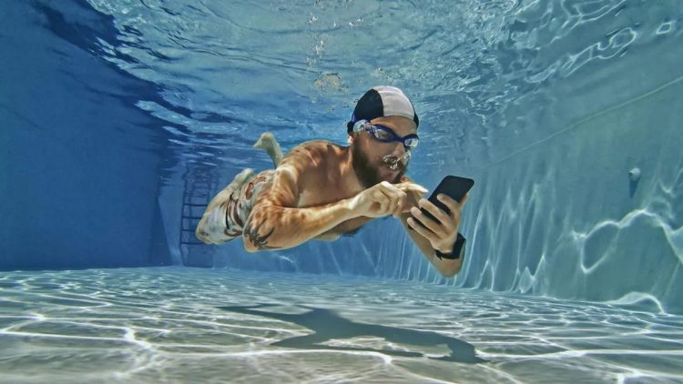 Water Resistance Tester: This app promises to test the water resistance of your Android phone, without getting it wet