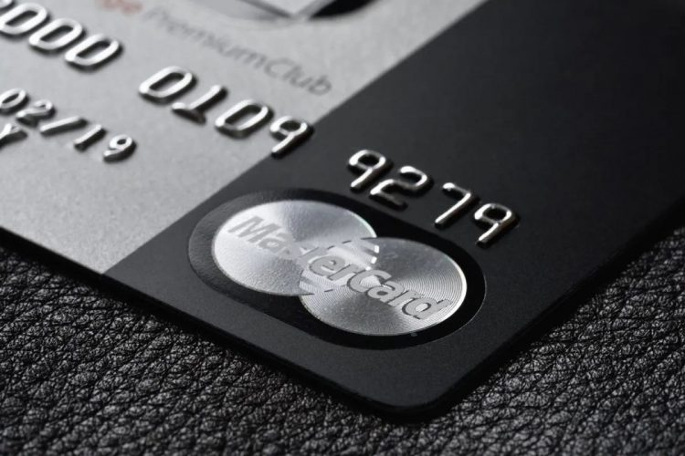 By 2024 we will no longer see credit cards with magnetic stripes