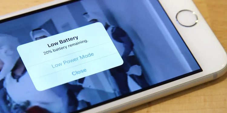 How to use low power mode on an iPhone?