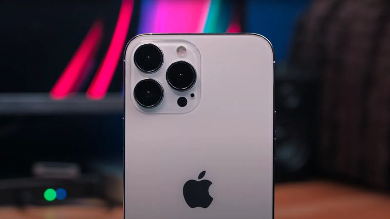 Apple develops cameras for each generation of iPhone for three years
