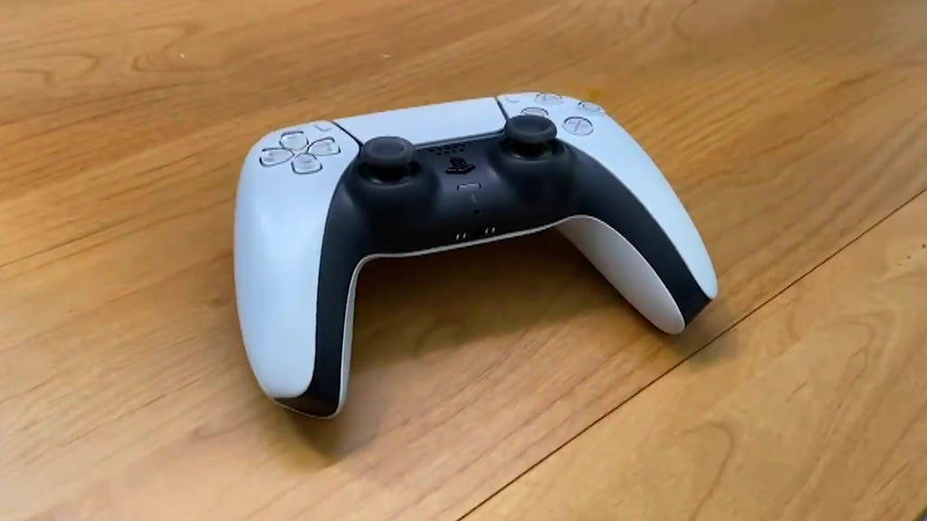 How to connect a PS5 controller to an Android phone?